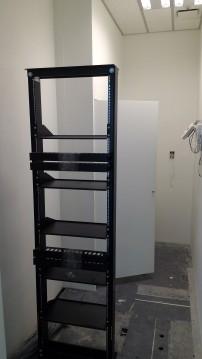 開放式機櫃